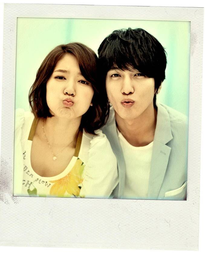 yonghwa and park shin hye dating 2013 movies