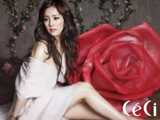 Han Ji-min with revealed shoulders, Goddess of Spring