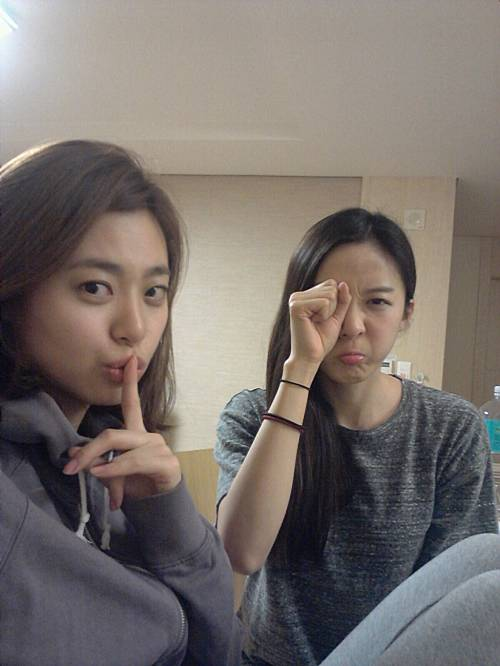 Lee Young Eun And Lee Cheong Ah With No Make Up