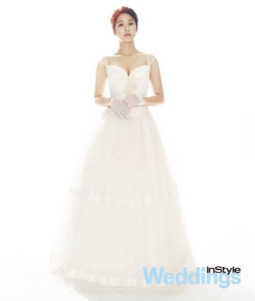 Park Se Youngs Wedding Photo HanCinema The Korean Movie And