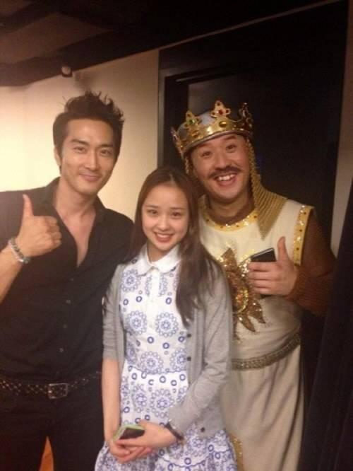 Song Seung-heon, Son Yeon-jae and Jeong Joon-ha ...