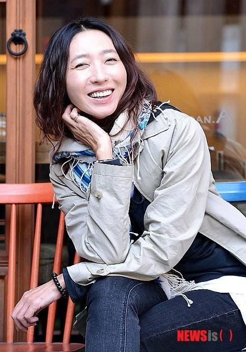 Eun-jin Bang Nude Photos 40