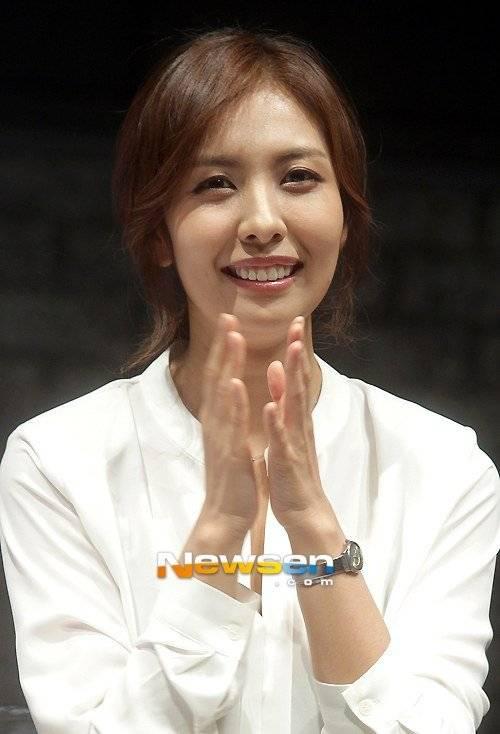 Kim Hye-Na Nude Photos 92