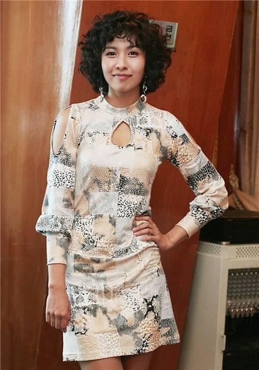 Kim Hye-Na Nude Photos 77