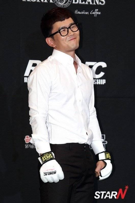 Korean singer baek jiyoung hidden cam - 3 part 1