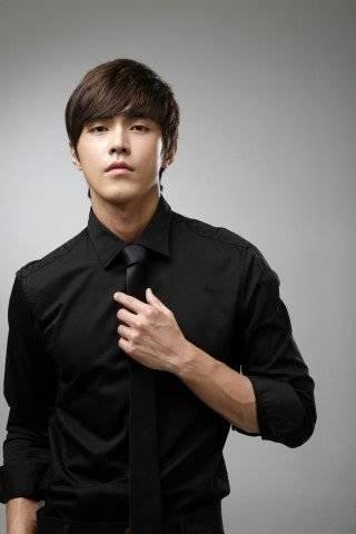 Do Ye-seong (???)