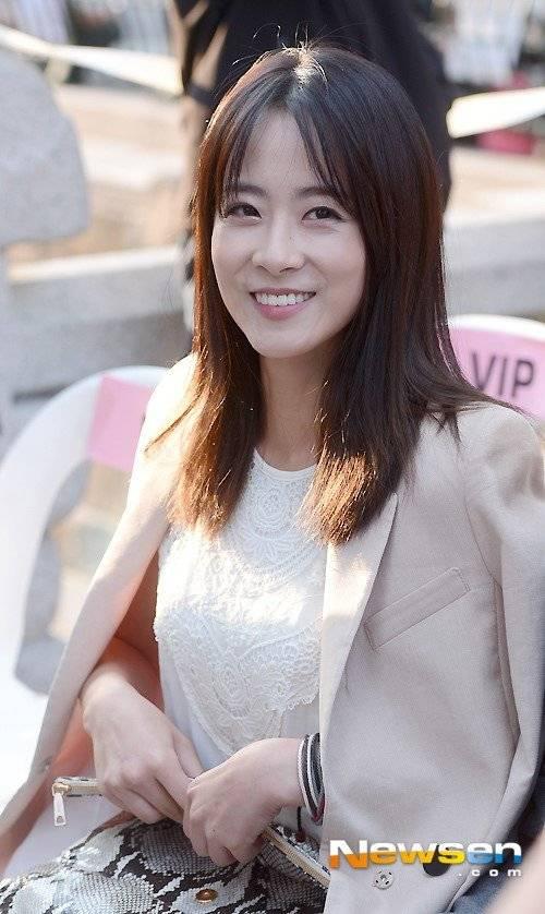 Ryoo Hyeon-keong Nude Photos 6