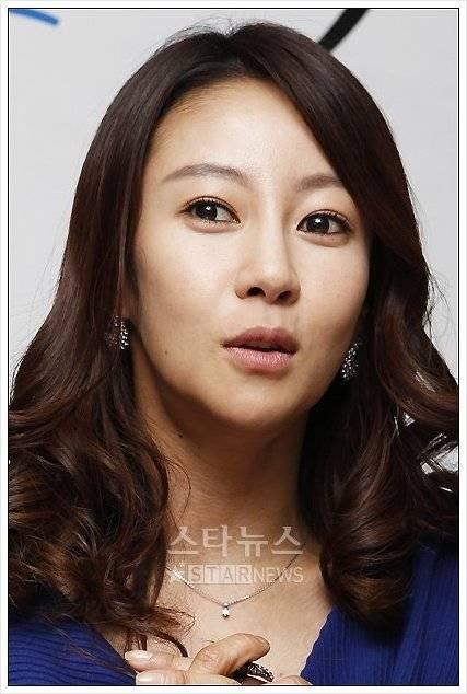 Min-seo Chae Nude Photos 20