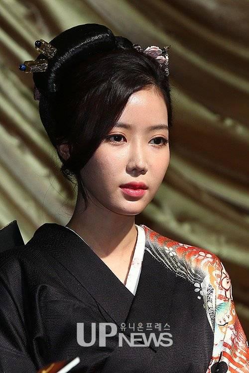 lim soo-hyang   uc784 uc218 ud5a5