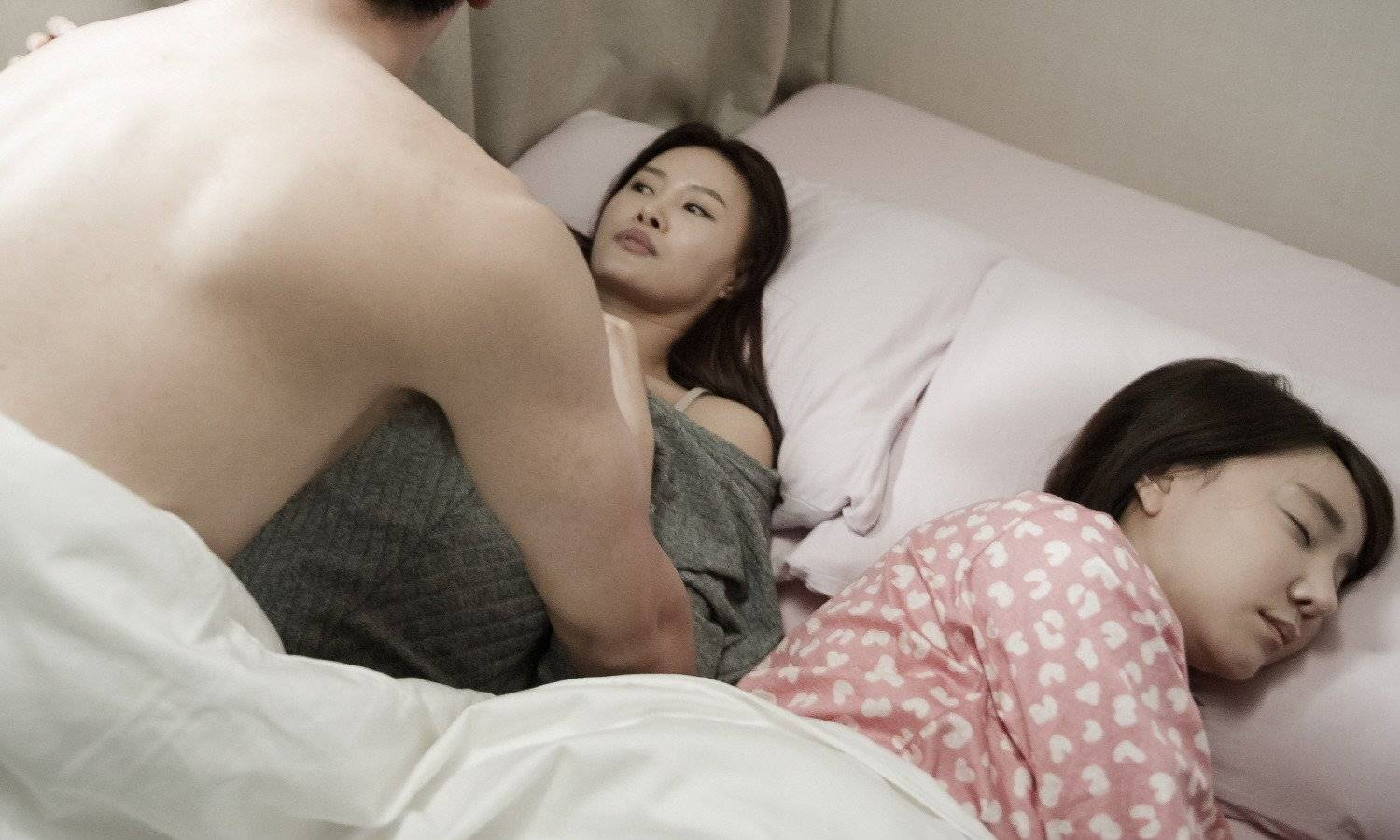 Photos Added New Stills For The Korean Movie A Touch Of Unseen Hancinema The