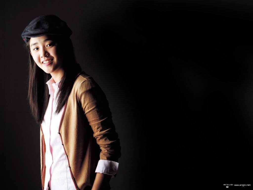 Moon Geun Young Desktop Wallpapers