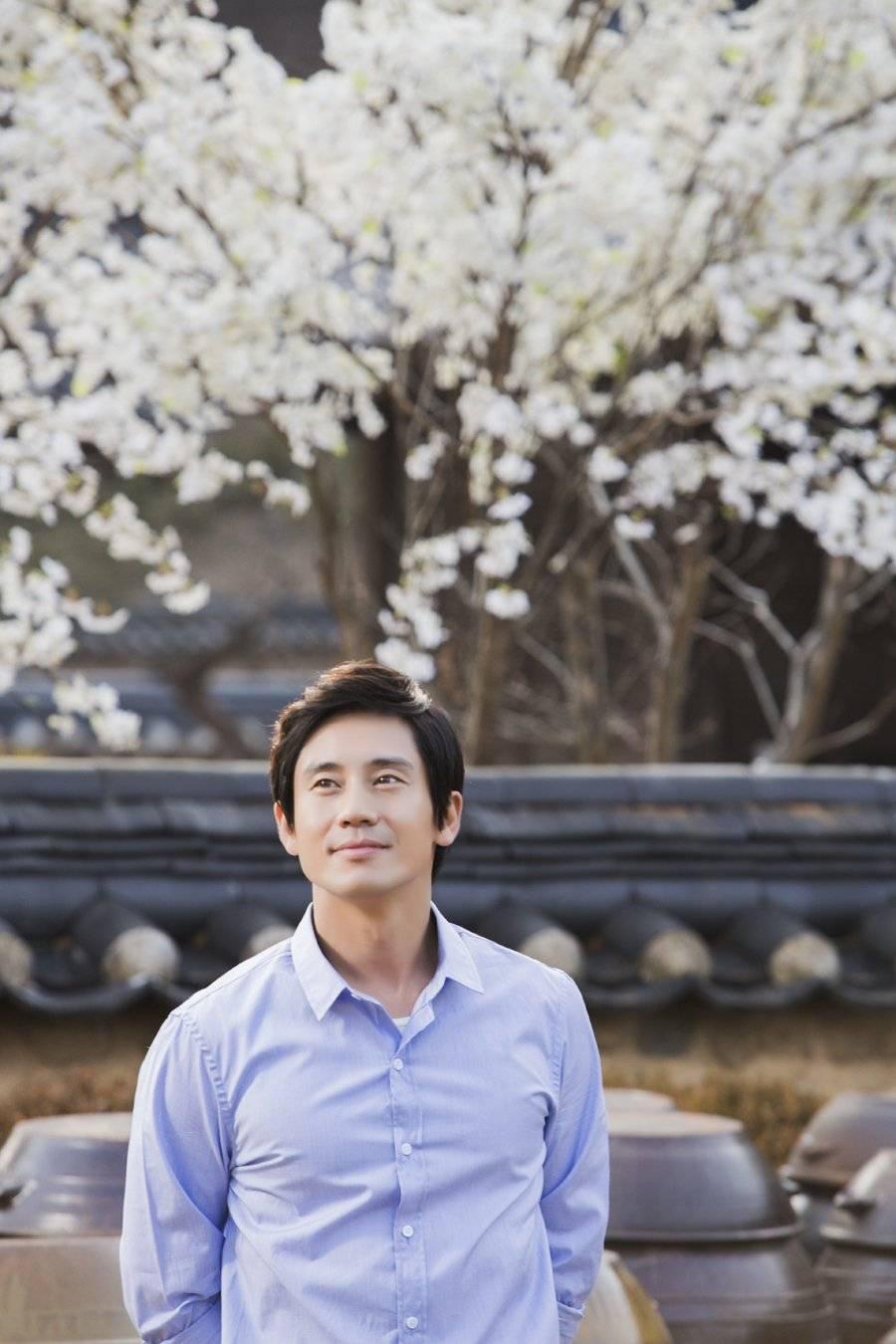Shin Ha Kyun And Bae Doona Hookup