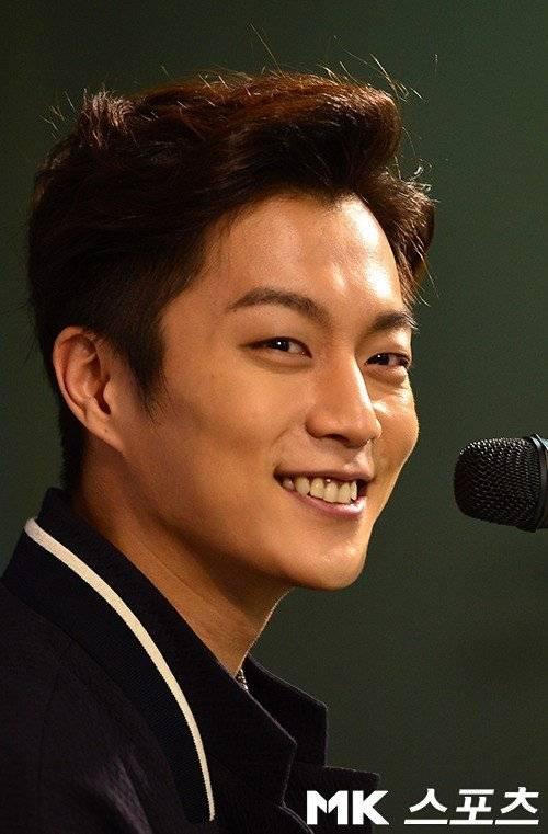 Yoon Doo Joon ̜�두준 Picture Gallery Hancinema The