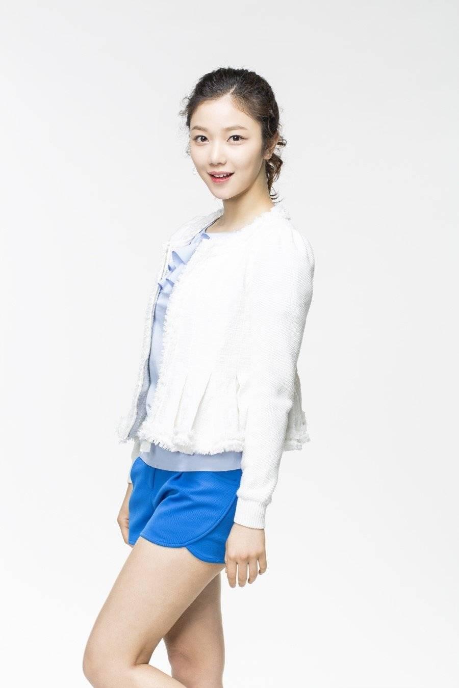 Seon-a Kim Nude Photos 35