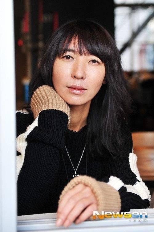 Eun-jin Bang Nude Photos 20