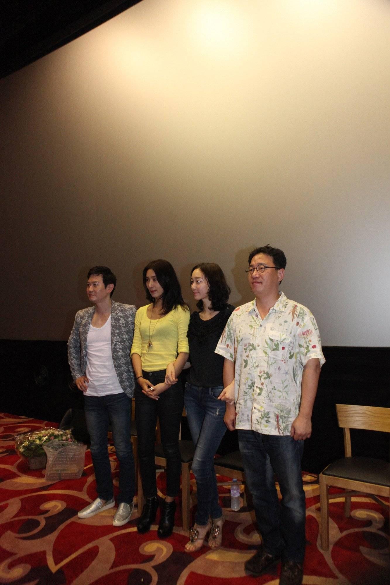 Late Spring (Korean Movie - 2014) - 봄 @ HanCinema :: The Korean Movie and Drama Database