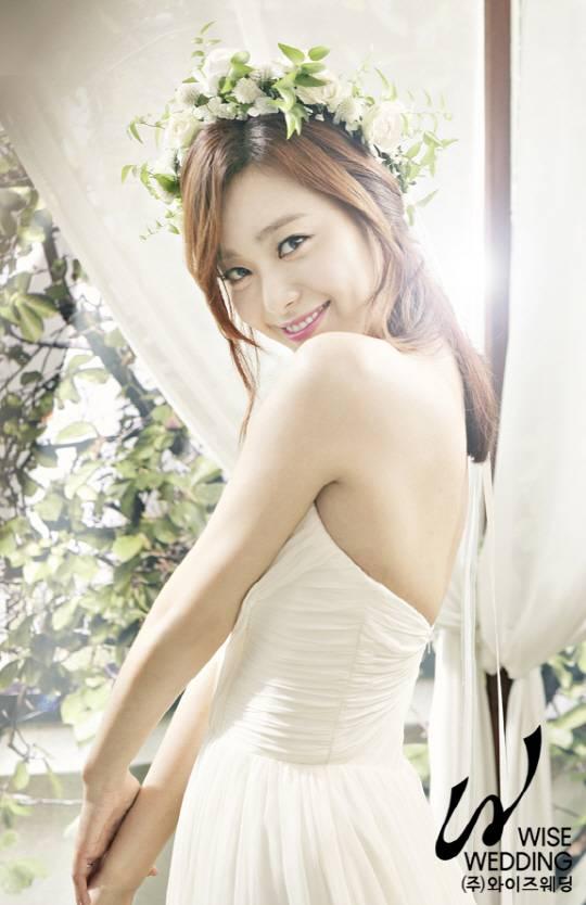 Lee Young Eun Weds Jtbc Producer Hancinema The Korean