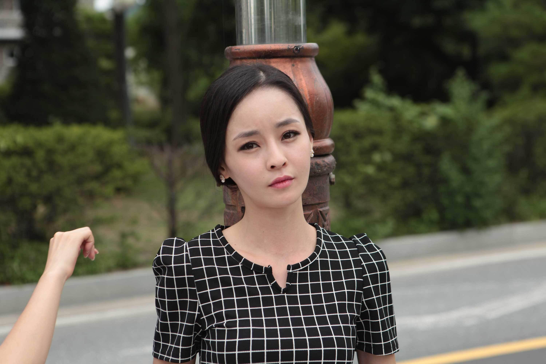 Yoon Seol-hee Nude Photos 63