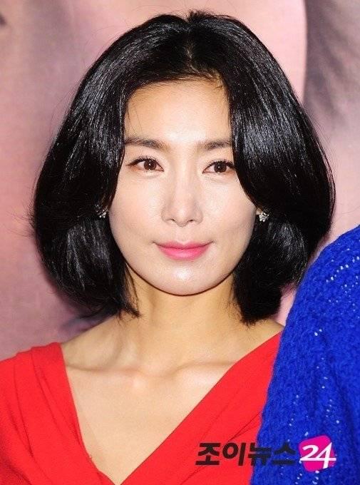 Kim Seo-hyeong Nude Photos 91