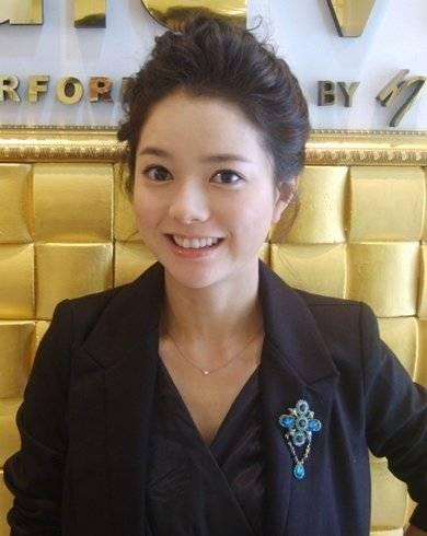 Eun-ju Choi Nude Photos 1