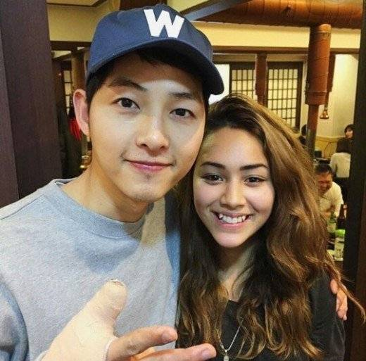 A Foreign Actress In The Role Of Fatima Descendants Sun Mentioned Song Joong Ki