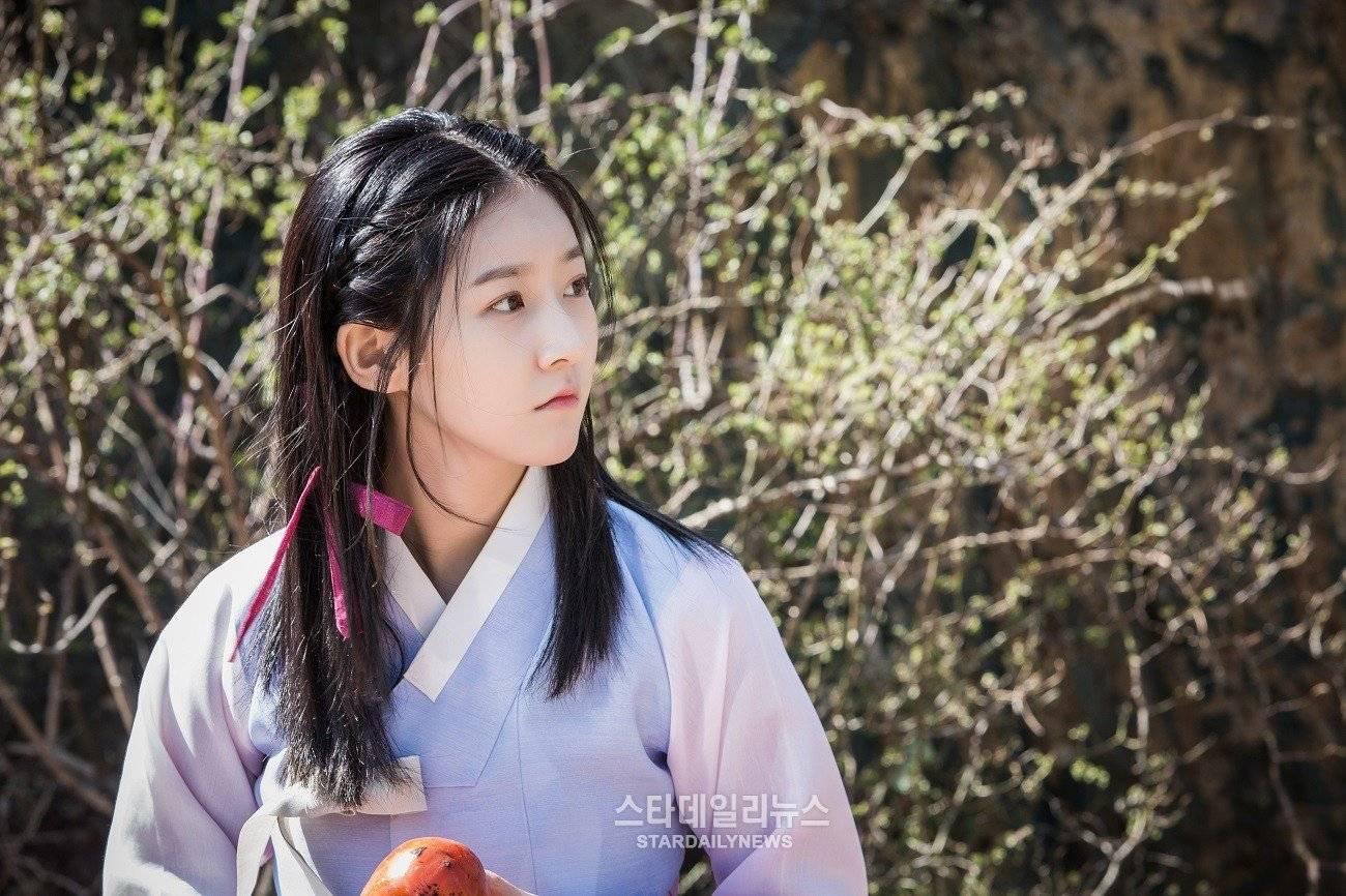 Mirror of the Witch (Korean Drama - 2016) - 마녀보감 ...