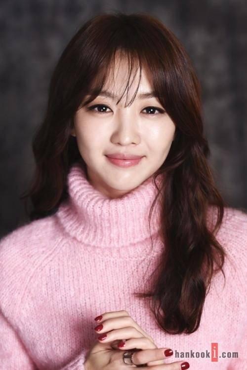 Hasil gambar untuk Jang Hee-Jin