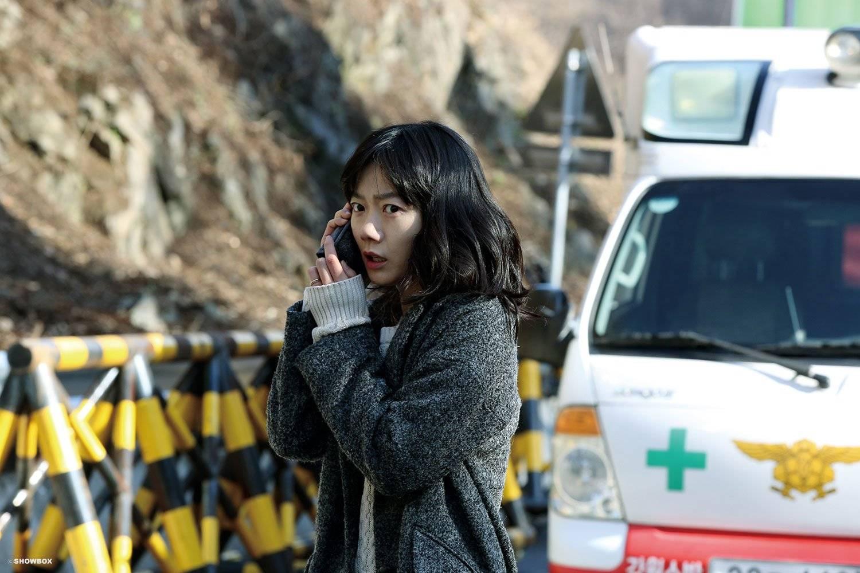 Znalezione obrazy dla zapytania the tunnel 2016 korean movie eng sub