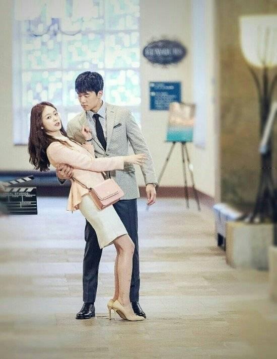Something About 1% - 2016 (Korean Drama - 2016) - 1%의 어떤