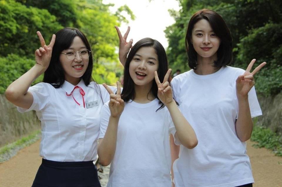 Nàng thơ được Lee Jong Suk theo đuổi như tổng tài: Mỹ nhân đóng toàn phim hot, tình cũ màn ảnh của Ji Chang Wook - Ảnh 4.