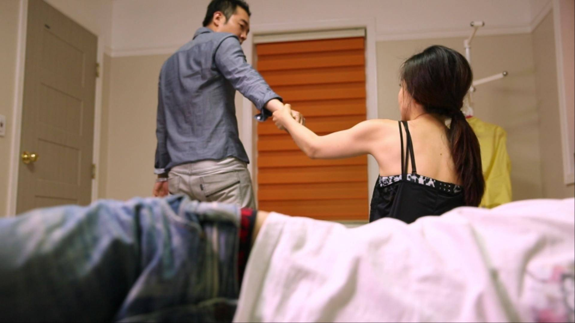 bisexual couple swapping