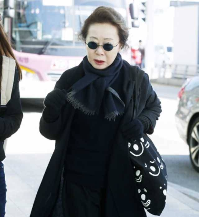 The Most Stylish 71 Years Old Actress In Korea @ HanCinema