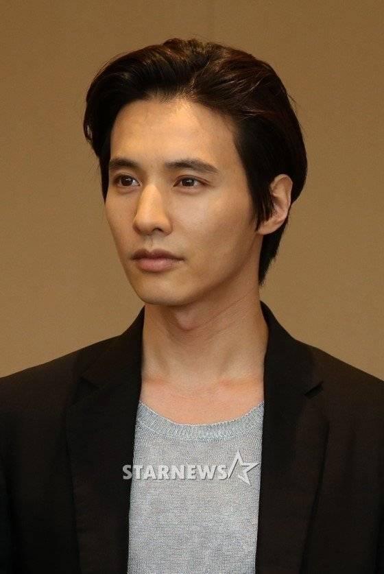 Won Bin (원빈) - Picture Gallery @ HanCinema :: The Korean ...