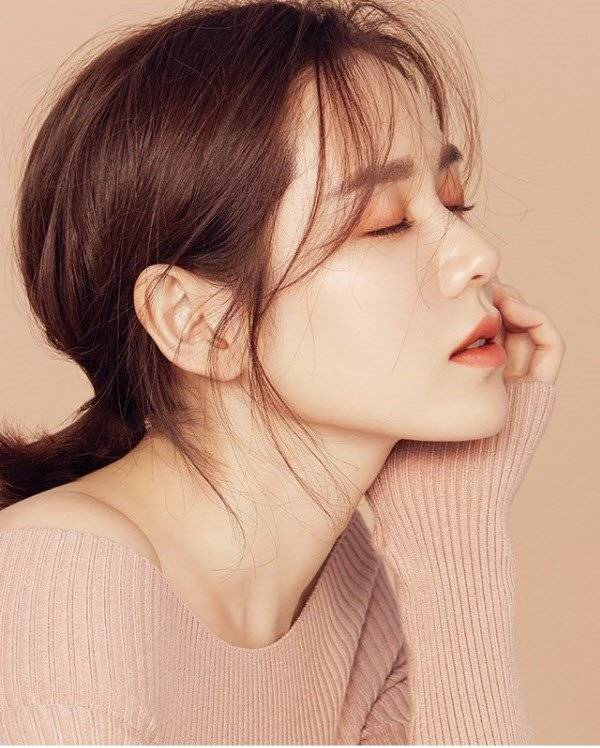 Son Ye Jin 손예진 Picture Gallery Hancinema The Korean