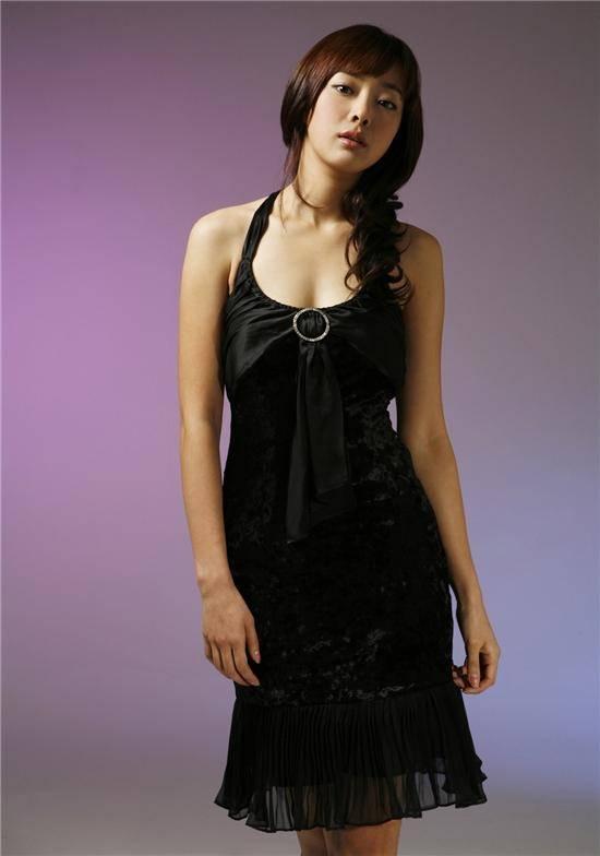 Kang Hyeon-jeong (강현정, Korean actress) @ HanCinema :: The ...
