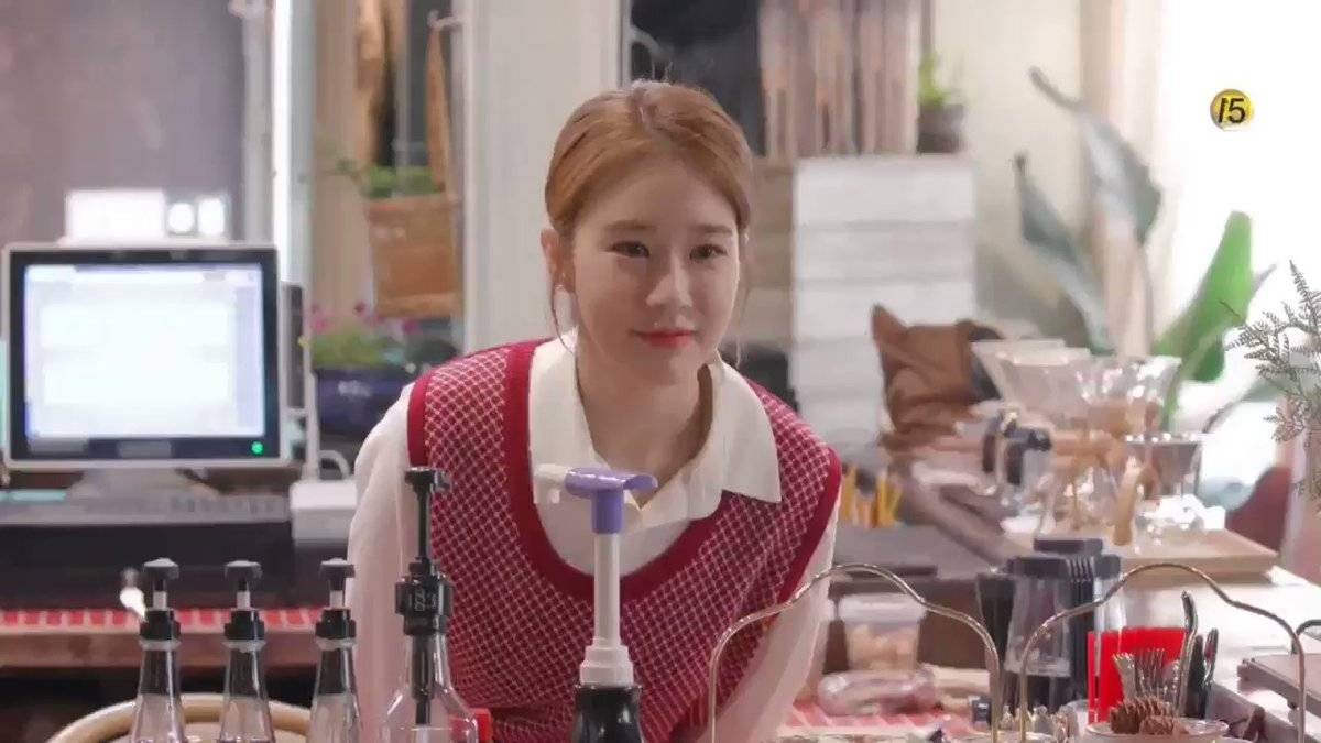 Lily's Take] Yoo In-na Shares Her Tips on Flirting and Blind