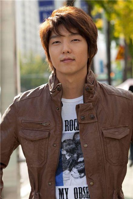 "Lee Joon-gi to star in new TV series ""Faith"" @ HanCinema :: The ..."