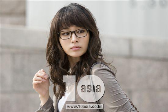 Yoon seo cyrano dating