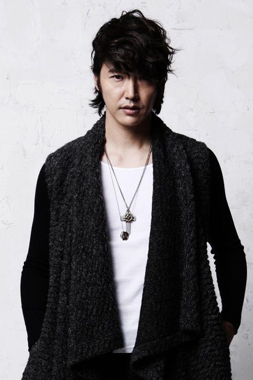 Yun Sang Hyeon Photo142282