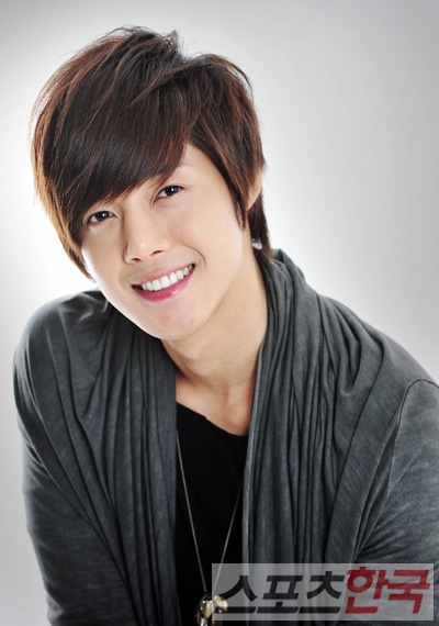 Kim Hyun Joong Appeals To Asia Hancinema The Korean