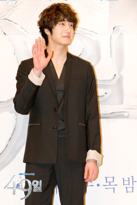 http://www.hancinema.net/photos/photo159140.jpg