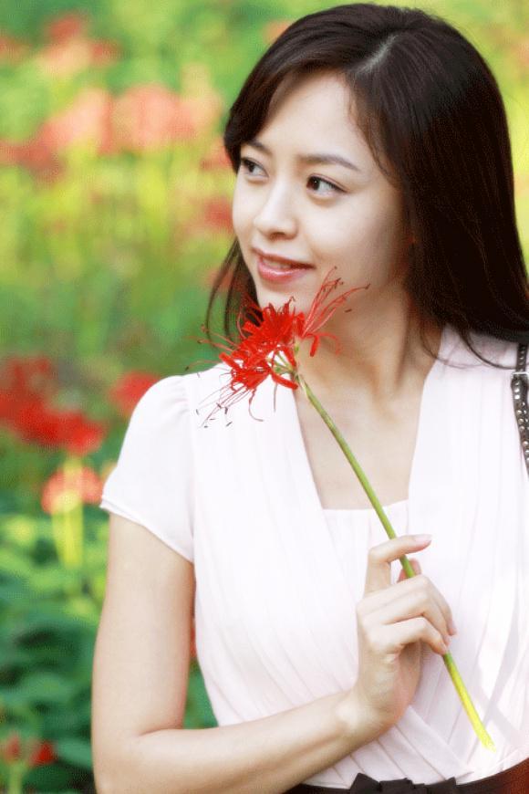 Choi Ji-woo (최지우, Korean actress, scriptwriter) @ HanCinema :: The Korean Movie and Drama Database