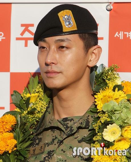 Actor Ju Ji-hoon, discharged on November 21st @ HanCinema