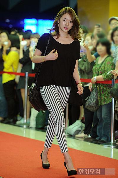 Yoon Eun Hye 39 S Radiant Looks Hancinema The Korean Movie And Drama Database