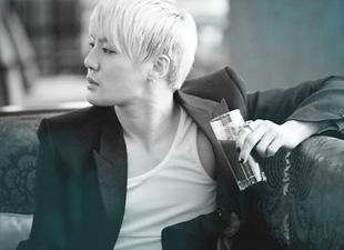 JYJ's Kim Junsu #10 on US World Album Billboard Chart