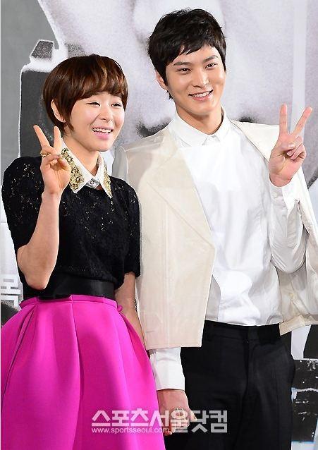 Th Grade Civil Servant Is Top Rank Hancinema The Korean Movie And Drama Database