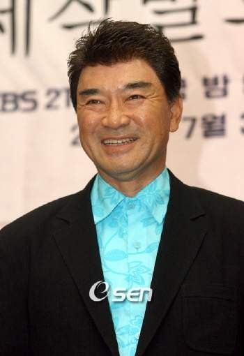 <b>Lee Deok</b>-hwa (이덕화, Korean actor) @ HanCinema :: The Korean Movie and ... - photo29807