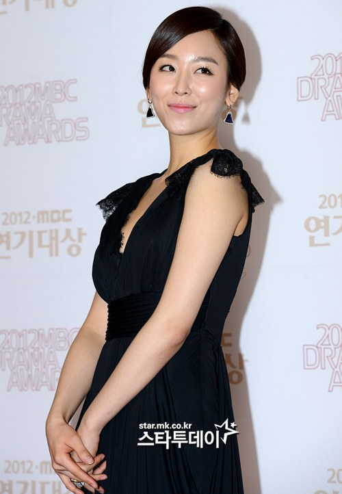 http://www.hancinema.net/photos/photo309010.jpg