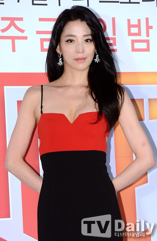 Han Go-eun in a relationship? @ HanCinema :: The Korean Movie and ...