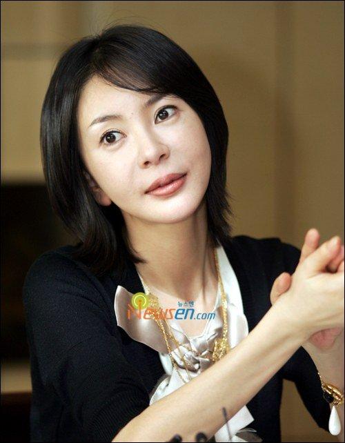 ← Home | Kang Moon-young (강문영)Kang Moon-young (강문영) - Picture @ HanCinema :: The Korean Movie and Drama DatabaseKang Moon-young (강문영) - Picture